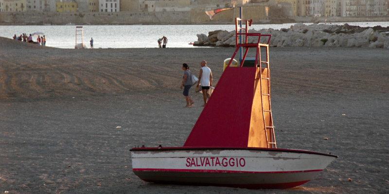 Angelo_Zisa_spiaggia_salvataggio_sicilia_trapani